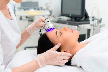 N'attendez plus et équipez vous d'appareils utilisant de nouvelles technologies pour des traitements de beauté.