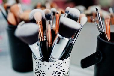 ¿Cómo cuidar tus pinceles, brochas y esponjas de maquillaje?