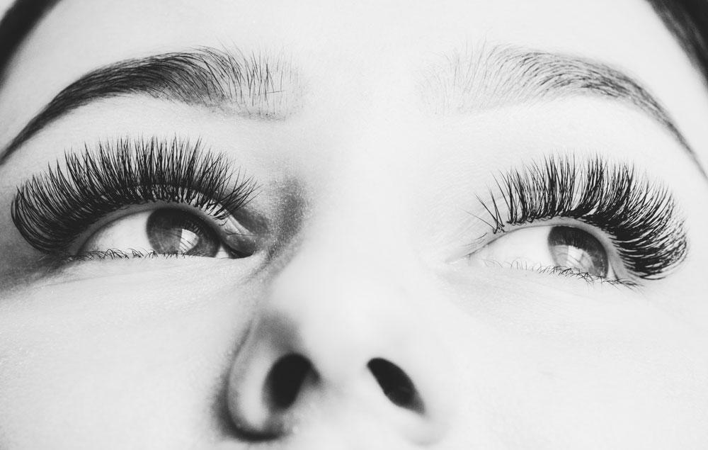 Changer votre regard avec un Rehaussement de Cils